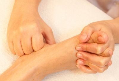 Cuida tus pies y cuida tu salud